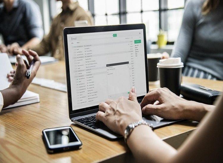 Panel para Reportar Públicamente los Casos Escolares de COVID-19 es Lanzado en el Portal de Datos Abiertos de Connecticut